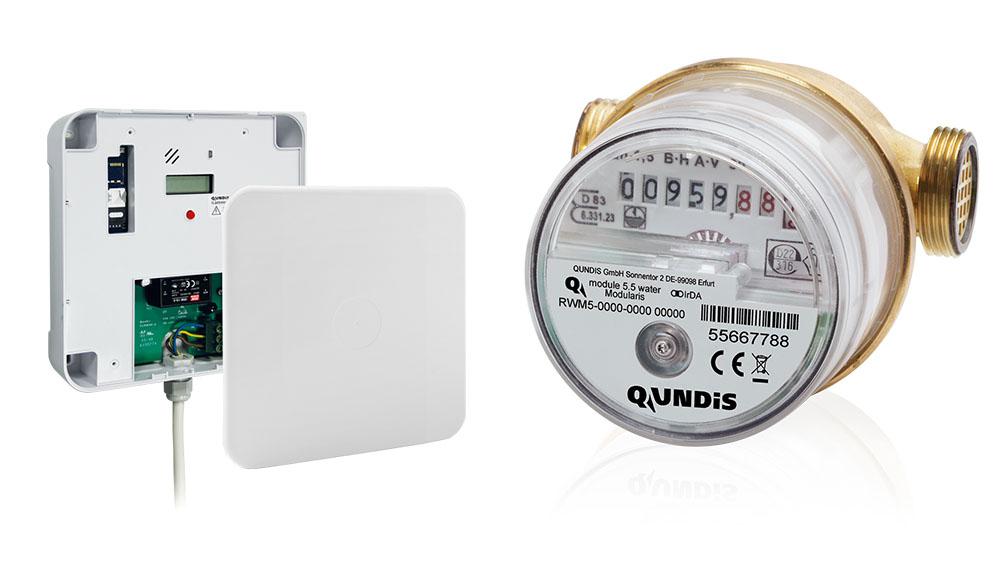 Q module 5.5 water / Q gateway 5 mit Stromanschluss